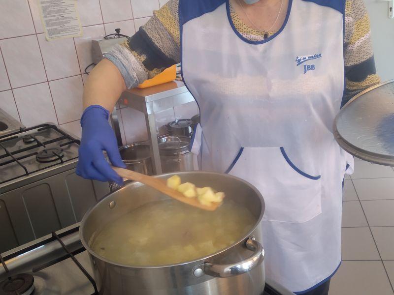 Razem dla seniora – w żłobku gotują dla osób starszych