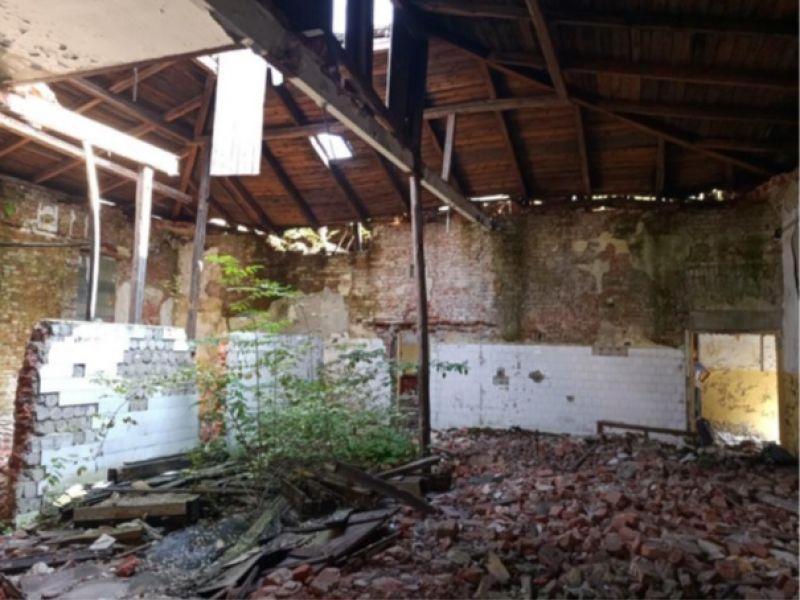 Łaźnia w rozbiórce – ekspertyzy o stanie budynku bezlitosne