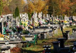 Bramy cmentarza komunalnego znów otwarte